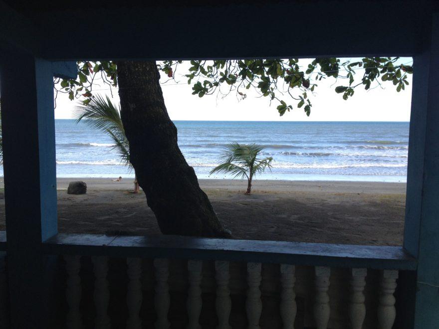 Puerto Armuelles Beach Front Fixer Upper